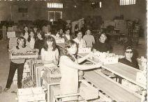 Mujeres de la zona de Doctoral , en el el almacén de Don Diego Betancor , de la década de los 80.